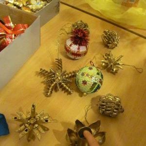 Warsztaty wykonywania ozdób bożonarodzeniowych 2011